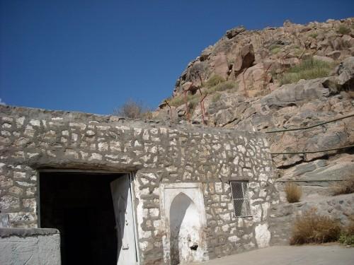 Masjid Al Qoq (Foto:  Salafy Tobat - WordPress.com)
