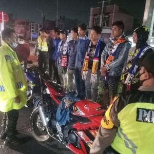 Membandel Masuk ke Kota Malang, Aremania Sempat Disanksi Baca Sila-Sila Pancasila