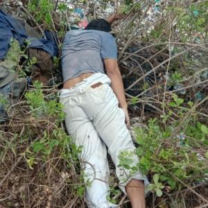 Ditemukan Mayat tanpa Identitas di Semak-semak Pinggir Jalan Bangkalan