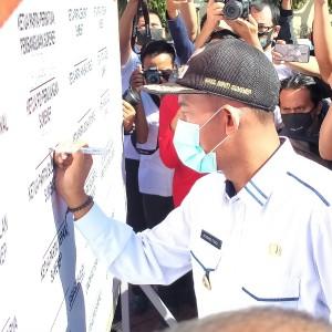 Ketua Parpol Bacakan 4 Kesepakatan Deklarasi Damai Pilkada Sumenep