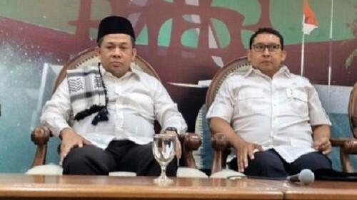 Selamat! Fahri Hamzah dan Fadli Zon Resmi Terima Tanda Kehormatan dari Presiden Jokowi