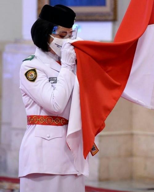 Dhea Lukita Andriana saat pengukuhan Paskibraka 2020 di Istana Negara, (foto dok.Sekretariat Presiden)