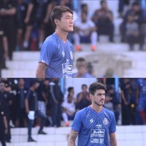 Arema FC Pusing, Dua Legiun Asingnya Tak Kunjung Tiba