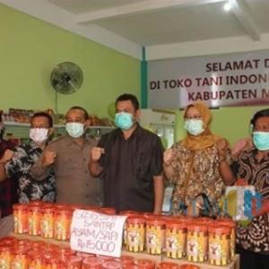 Lewat Toko Tani Indonesia Center, Pemkab Mojokerto Optimalkan Produk Lokal