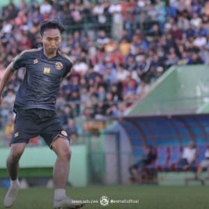 Disebut Ada Kekurangan, Stopper Muda Arema FC Peka