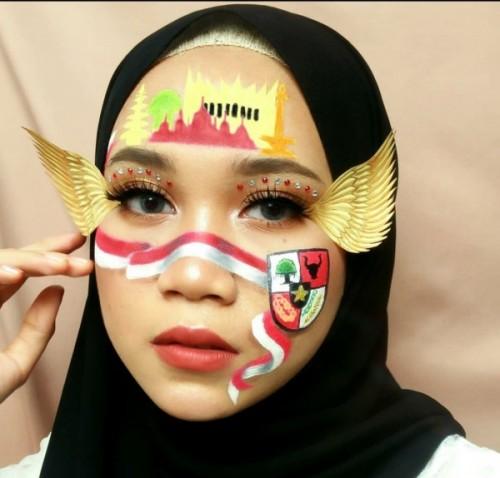 Art make-up bertema Kemerdekaan RI ala Destry Angryana. (Foto: Instagram @destryangryana).