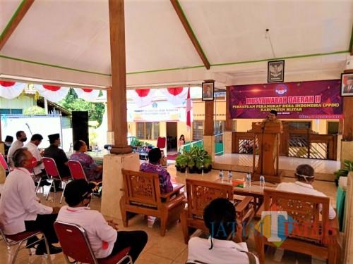 Bupati Blitar Rijanto membuka Musda II PPDI yang digelar di Desa Dayu.(Foto : Aunur Rofiq/BlitarTIMES)
