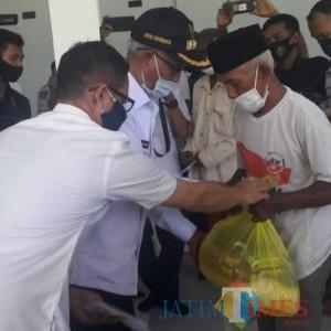 Bencana Angin Puting Beliung Menerpa, Bupati Bondowoso Ulurkan Bantuan