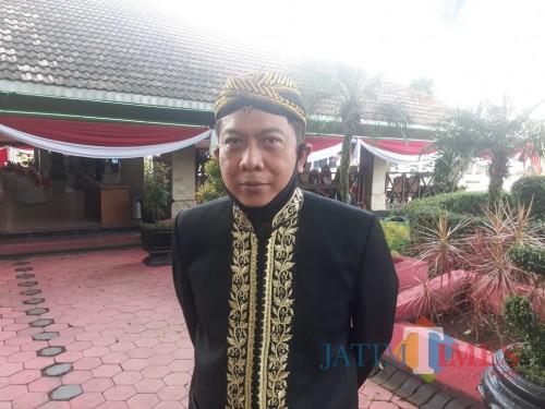 Kepala Dinas Pariwisata dan Kebudayaan (Disparbud) Kabupaten Malang, Made Arya Wedanthara saat ditemui awak media, Senin (17/8/2020). (Foto: Tubagus Achmad/MalangTimes)