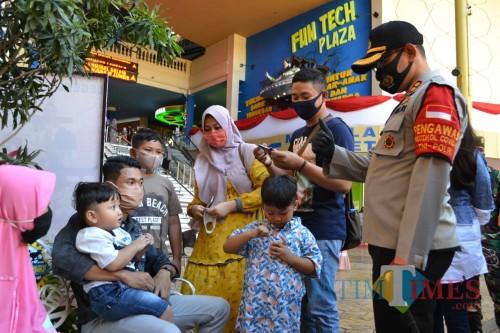 Wisatawan saat berwisata di Jatim Park 3. (Foto: Irsya Richa/MalangTIMES)