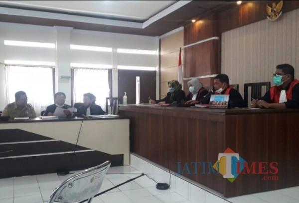 Kuasa Hukum Sekda Bondowoso Anggap Dakwaan JPU Lemah