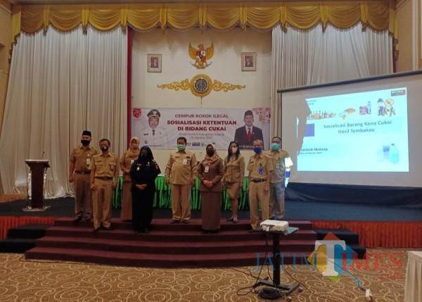 Sosialisasi ketentuan di bidang cukai yang digelar Dinas Kominfo Kabupaten Malang. (Foto: Aldi Nur Fadil A./MalangTIMES)