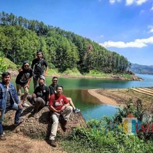 Jelajah Keindahan Ranu Gumbolo Tulungagung Bareng Komunitas Vespa Modern Indonesia
