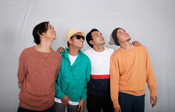 Potret Semenjana kuartet Pop Nusantara asal Jakarta. (Foto: instagram semenjanasaja)