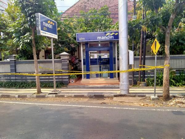Lokasi gerai ATM Bank Mandiri yang sempat terjadi percobaan aksi perampokan (Anggara Sudiongko/MalangTIMES)