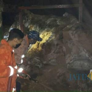 Diduga Akibat Putung Rokok, Gudang Penyimpanan Serbuk Dupa di Kabupaten Malang Terbakar