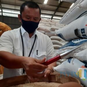 Program Bansos, Bulog Kediri Siapkan 2.200 Ton Beras Tiap Bulan di 3 Wilayah
