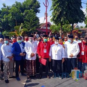 Jelang Pendaftaran ke KPU, Rijanto-Marhaenis Deklarasi di Taman Soekarni