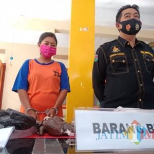 Polisi Kantongi Identitas Bandar Pil Koplo yang Dikemas Buah Salak ke Lapas Jombang