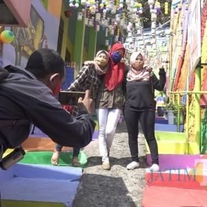 Dibuka Hari Ini, Kampung Warna-Warni Jodipan Sambut Pengunjung dengan Protokol Ketat