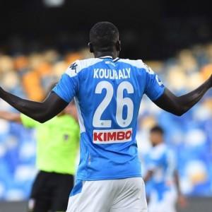 Duo Manchester Rebutkan Tanda Tangan Kalidou Koulibaly