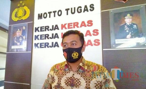 Kasat Reskrim Polresta Malang Kota, AKP Azi Pratas Guspitu (Anggara Sudiongko/MalangTIMES)