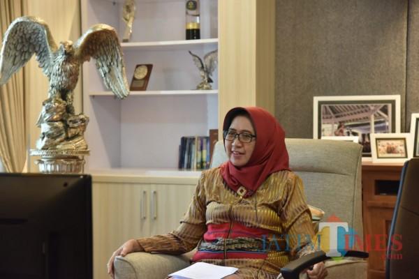 Bunda Indah Hadiri Webinar (Foto: Dokumentasi Kominfo)