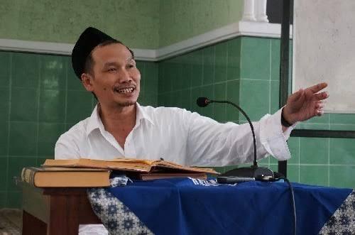 Gus Baha Beri Pengakuan Mengejutkan, Sebut Sering Jadi Imam Jin