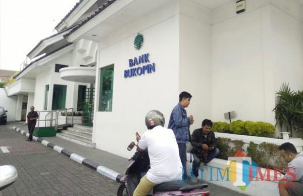 Kantor Bank Bukopin Cabang Malang. (Foto: Dokumentasi MalangTIMES).