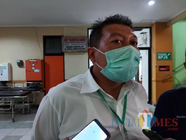 Bakal Calon Wakil Bupati Malang, Didik Gatot Subroto saat ditemui awak media di RSSA, Kotq Malang, Rabu (9/9/2020). (Foto: Tubagus Achmad/MalangTimes)