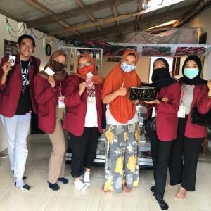 Mahasiswa PNM 15 UMM Bangkitkan UMKM di Nganjuk yang Terhambat Covid-19