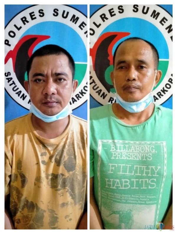 Kedua tersangka penyalahgunaan narkoba jenis sabu-sabu saat diamankan petugas kepolisian. (Foto: Humas Polres Sumenep for JatimTIMES)