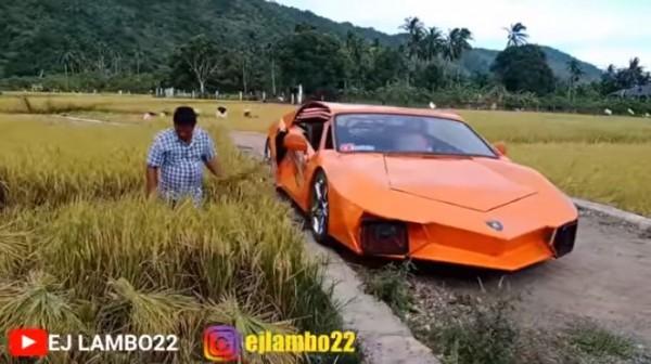 Lamborghini angkut padi (Foto:  EJ LAMBO22)