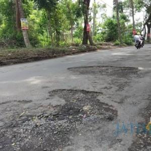 Banyak Dikeluhkan, Dinas PUPRPKP Kota Malang Tambah 56 Titik Jalan Ditambal