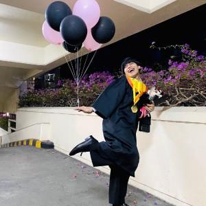 Uniknya Wisuda Universitas Dr Soetomo, Dimeriahkan Mahasiswa Dance Lagu Blackpink