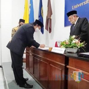 Prof Haris Dilantik sebagai Rektor Unhasy Tebuireng, Gantikan Gus Sholah