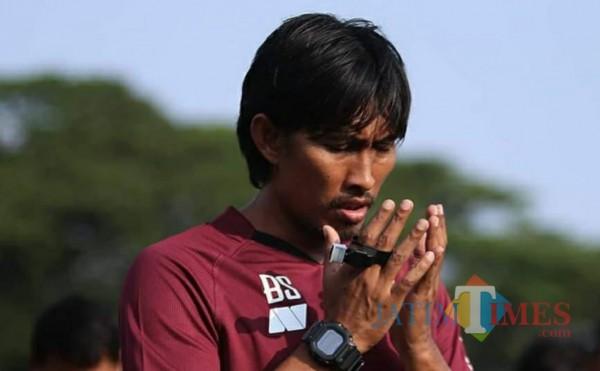 Pelatih Persik Kediri Budi Sudarsono (foto: istimewa)