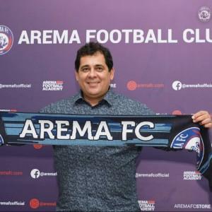 Aremania Jadi Pertimbangan Carlos Oliveira Gabung Arema FC