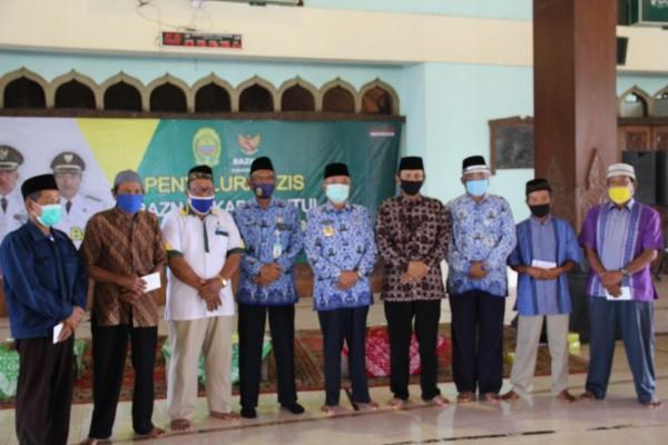 Bupati Bantul bersama Baznas , Takmir Masjid dan Marbot