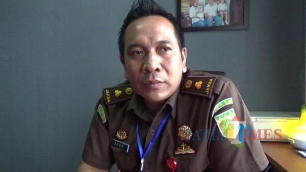 Kasipidsus Kejaksaan Negeri Kabupaten Malang, Agus Hariyono saat ditemui awak media di ruangan kerjanya, Kamis (17/9/2020).