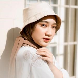 Lebih Modis dengan Gaya Hijab Bucket Hat Yuk, Intip Inspirasinya!