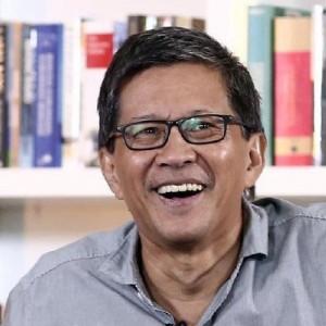 Bela Anies Baswedan, Rocky Gerung Lempar Sindiran untuk Jokowi Soal Covid-19 hingga Resesi
