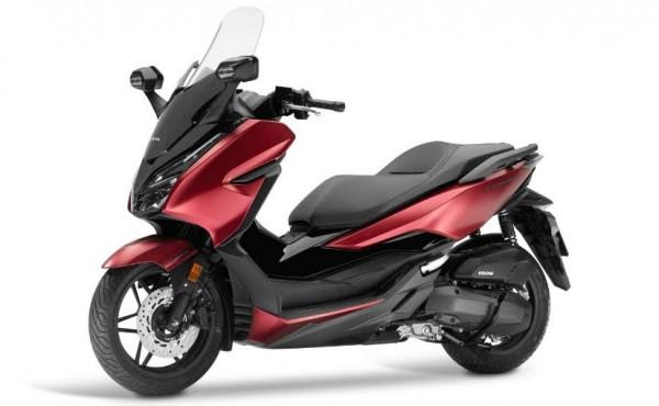 Honda Forza (Foto:  Motoris.ID)