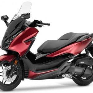 Honda Luncurkan Forza Terbaru Bulan Depan, Kapasitas Mesin Lebih Besar