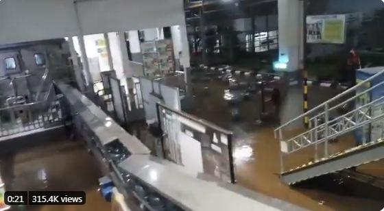 Pabrik Aqua di Sukabumi Ikut Terendam Banjir Bandang hingga Trending, Begini Kondisinya