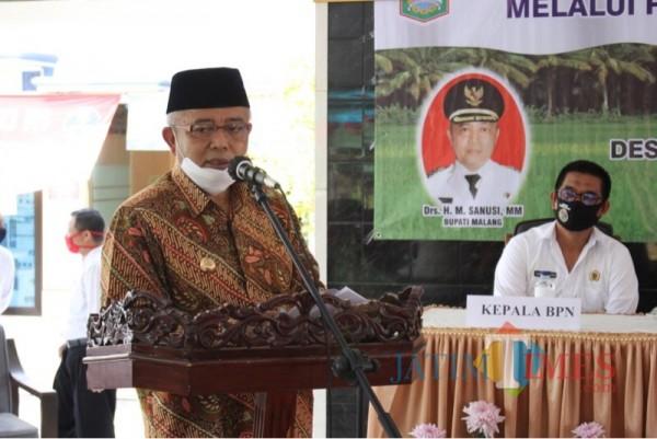 Bupati Malang Hm Sanusi saat memaparkan upaya Pemkab Malang guna meningkatkan produksi susu sapi perah (Foto : Humas Pemkab Malang for MalangTIMES)