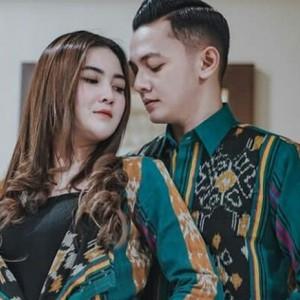 Dory Harsa Curahkan Isi Hati di Twitter, Warganet Malah Singgung Soal Anak Kembarnya