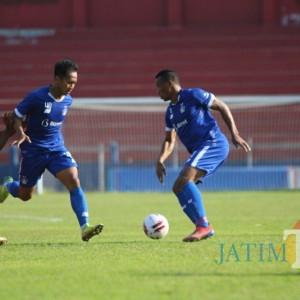 Laga Uji Coba Persik Kediri Hajar Martapura FC 3-0 lewat Tendangan Penalti