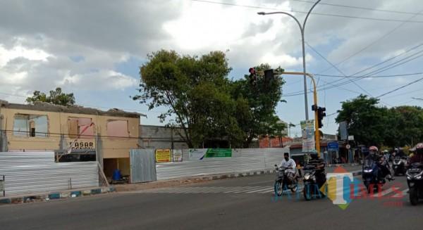 Tampak, Pasar Senenan kondisi sedang di kerjakan (foto/redaksi bangkalantimes.com)