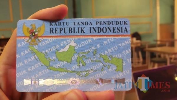 Pandemi tak menghalangi pengurusan dokumen administrasi, salah satunya e-KTP di Kota Malang (Pipit Anggraeni/MalangTIMES).